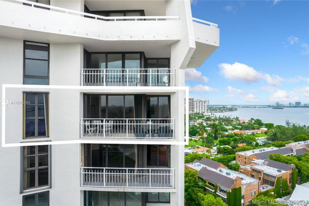 1000 Quayside Terrace #1802