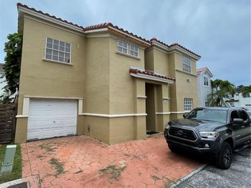 12683 NW 10th St, Miami, FL, 33182,