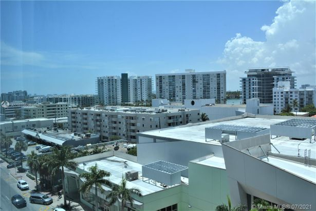 6801 Collins Ave #701