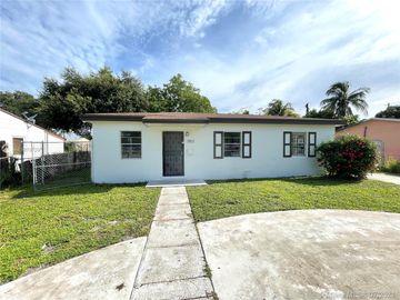 2921 NW 151st St, Miami Gardens, FL, 33054,