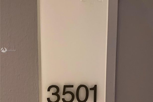 1300 Brickell Bay Dr #3501
