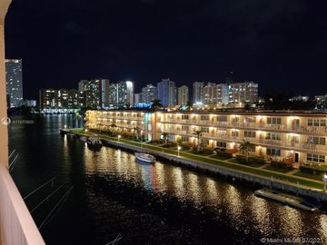 3944 NE 167th St #408, North Miami Beach, FL, 33160,