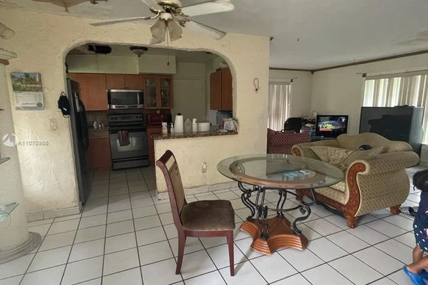 18035 NW 43rd Ct