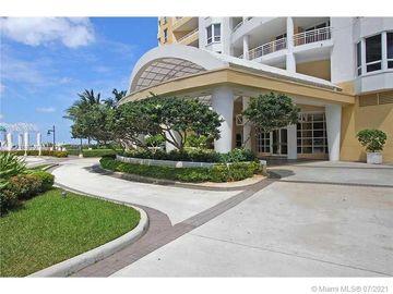 808 Brickell Key Dr #1203, Miami, FL, 33131,