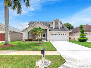 5212 Fox Trace, West Palm Beach, FL, 33417,