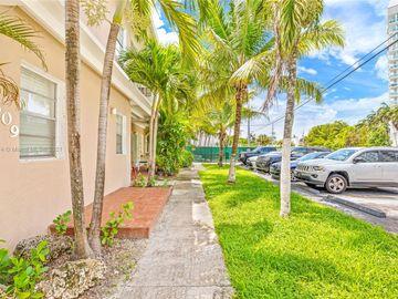 7909 East Dr #112, North Bay Village, FL, 33141,