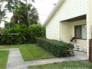Undisclosed Address, West Palm Beach, FL, 33417,