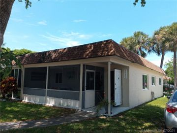 3639 SW Natura Ave #A, Deerfield Beach, FL, 33441,