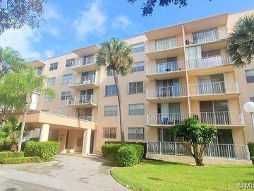 470 Executive Center Dr #1I, West Palm Beach, FL, 33401,