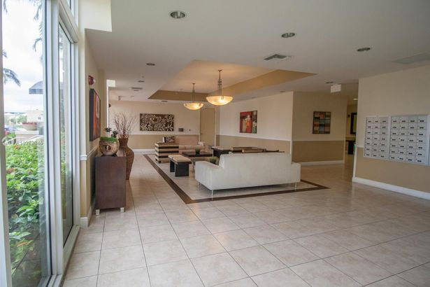 2425 SW 27th Ave #707
