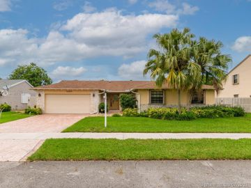 14621 Kirsten Ct, Davie, FL, 33325,