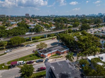 3250 S Dixie Hwy, Miami, FL, 33133,