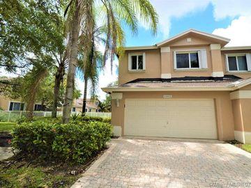 15822 SW 10th St, Pembroke Pines, FL, 33027,
