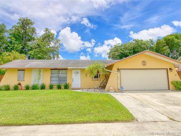 5050 S Saint John Ave S, Boynton Beach, FL, 33472,