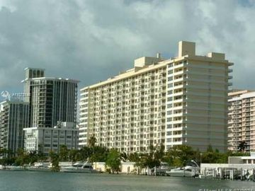 5600 Collins Ave #15L, Miami Beach, FL, 33140,