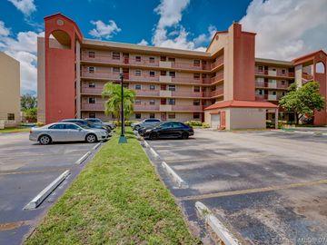 10255 NW 9th St Cir #201-7, Miami, FL, 33172,