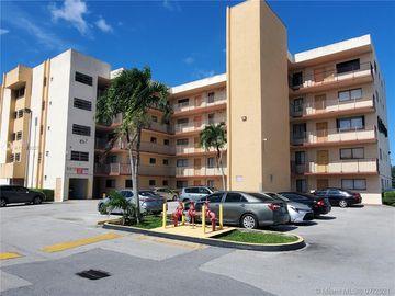 9915 W Okeechobee Rd #2-106, Hialeah Gardens, FL, 33016,