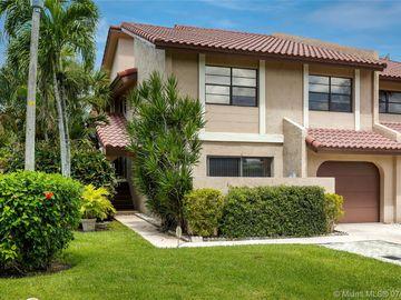 22032 Las Brisas Cir, Boca Raton, FL, 33433,