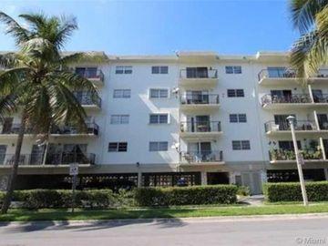Undisclosed Address, North Miami Beach, FL, 33160,