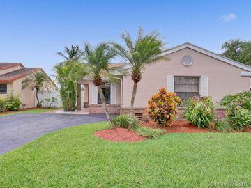 13740 Oak Ridge Dr, Davie, FL, 33325,