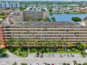 1750 NE 191st St #111-2, Miami, FL, 33179,
