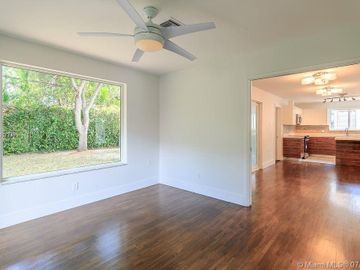 674 NE 75th St, Miami, FL, 33138,