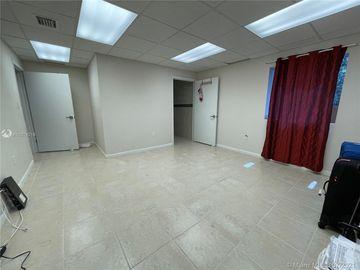 11001 SW 40th St, Miami, FL, 33165,