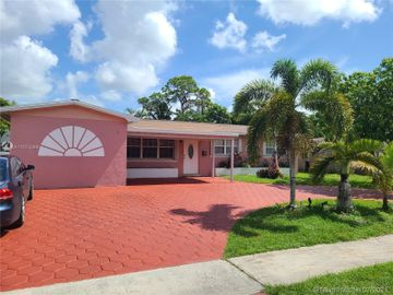 6901 SW 5th St, Pembroke Pines, FL, 33023,