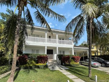 325 Hampton Ln, Key Biscayne, FL, 33149,