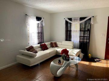 6700 SW 30th St, Miami, FL, 33155,