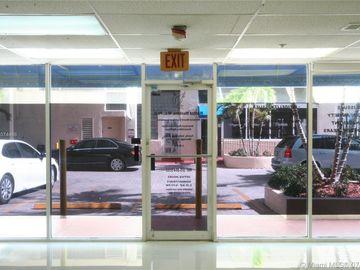 7601 E Treasure Dr #CU-6, North Bay Village, FL, 33141,