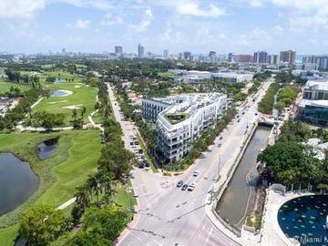 2001 Meridian Ave #318, Miami Beach, FL, 33139,