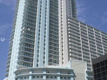 1250 S Miami Ave #1305, Miami, FL, 33130,