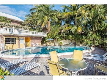 2426 SE 17th St #A210, Fort Lauderdale, FL, 33316,