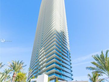 18975 Collins Ave #1404, Sunny Isles Beach, FL, 33160,