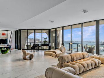 1000 Biscayne Blvd #2902, Miami, FL, 33132,