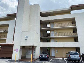 8870 Fontainebleau Blvd #309, Miami, FL, 33172,
