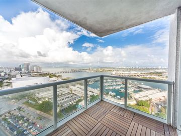 244 Biscayne Blvd #3302, Miami, FL, 33132,