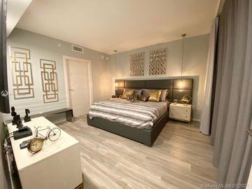 801 S Miami Ave #3805, Miami, FL, 33130,