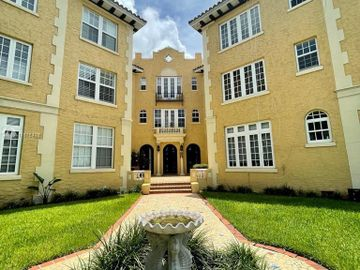 3224 Biscayne Blvd #2E, Miami, FL, 33137,