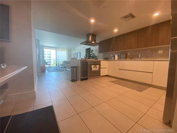 1025 92nd St #606, Bay Harbor Islands, FL, 33154,