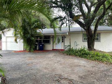 605 NE 164th St, Miami, FL, 33162,
