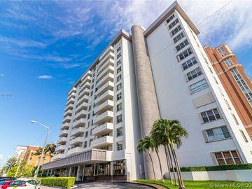 625 Biltmore Way #104, Coral Gables, FL, 33134,