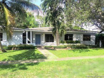 635 Viznar Ave, Coral Gables, FL, 33143,