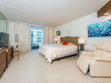 Undisclosed Address, Palm Beach, FL, 33480,