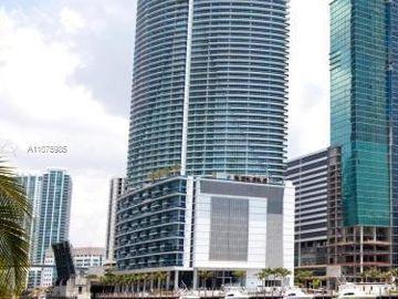 200 Biscayne Boulevard Way #3113, Miami, FL, 33131,