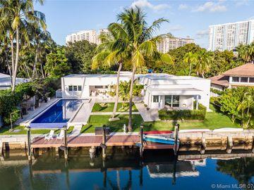 30 Island Dr, Key Biscayne, FL, 33149,