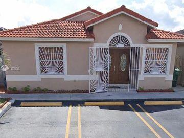 8926 NW 120th Ter, Hialeah Gardens, FL, 33018,