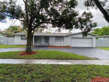 5290 SW 3rd St, Plantation, FL, 33317,