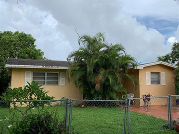 935 NW 32nd Ct, Miami, FL, 33125,